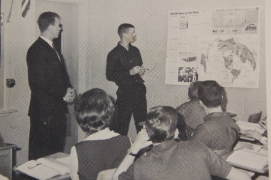 Robert Sulzman - Teaching class in Manhattan, KS